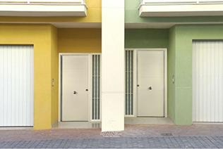 Puertas metálicas en Sevilla